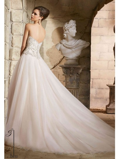 Mori Lee Blush and Tulle 5373 Traditional Wedding Dress Size 10 (M)