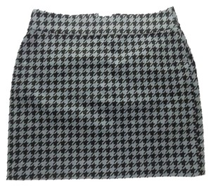 Banana Republic Houndstooth Mini Corduroy Mini Skirt Grey & Black