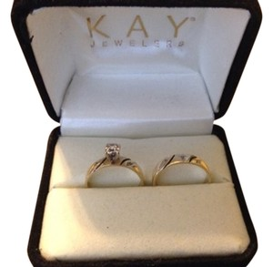 yello gold 10k YGold Wedding Rings With Diamonds