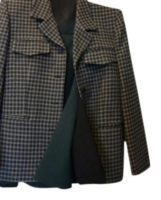 Preload https://item1.tradesy.com/images/jones-new-york-green-black-and-tan-plaid-three-piece-skirt-suit-size-10-m-101715-0-0.jpg?width=400&height=650