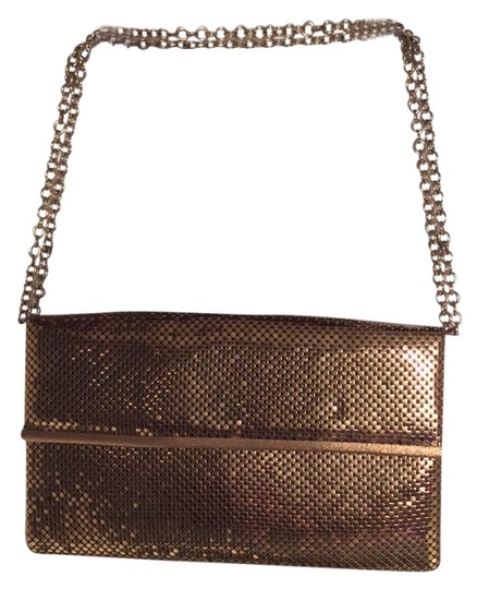 Preload https://item1.tradesy.com/images/whiting-and-davis-gold-mesh-clutch-10174750-0-1.jpg?width=440&height=440