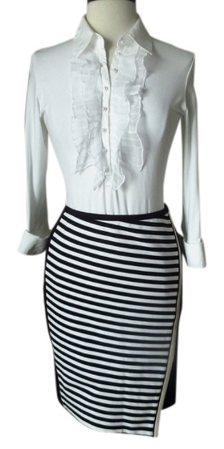 Preload https://item4.tradesy.com/images/white-house-black-market-new-with-tags-asymmetrical-wrapped-ponte-pencil-striped-size-12-l-32-33-10177258-0-1.jpg?width=400&height=650