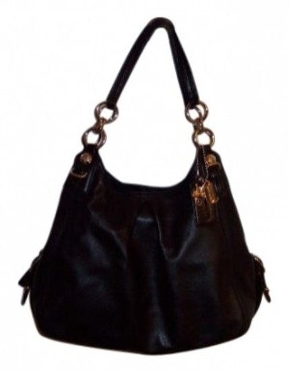 Preload https://item5.tradesy.com/images/coach-maggie-madison-black-leather-shoulder-bag-10179-0-0.jpg?width=440&height=440