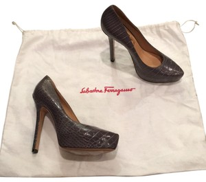 Salvatore Ferragamo Gray Pumps