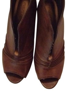 Maurices Brown Bootie 9M Brown Boots