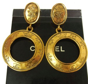 Chanel Authentic CHANEL Vintage CC Logos Hoop Earrings Gold-Tone Clip-On AK02684