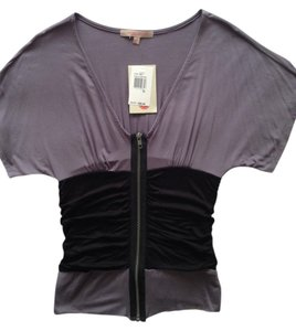 """Green Envelope 95% Rayon 5% Spandex Length: 21"""" Width Across Chest: 13% Zippered With Tag Attached T Shirt Grey and Black"""