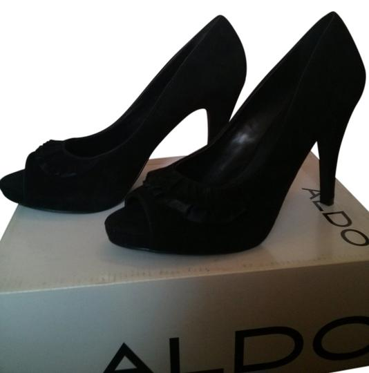 Preload https://img-static.tradesy.com/item/10189561/aldo-black-suede-pumps-size-us-95-regular-m-b-0-1-540-540.jpg