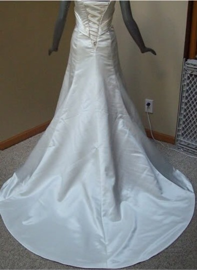 Maggie Sottero White Delustered Satin Tanica Corseted with Swarovski Chrystals Modern Wedding Dress Size 0 (XS) Image 4