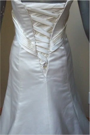 Maggie Sottero White Delustered Satin Tanica Corseted with Swarovski Chrystals Modern Wedding Dress Size 0 (XS) Image 5