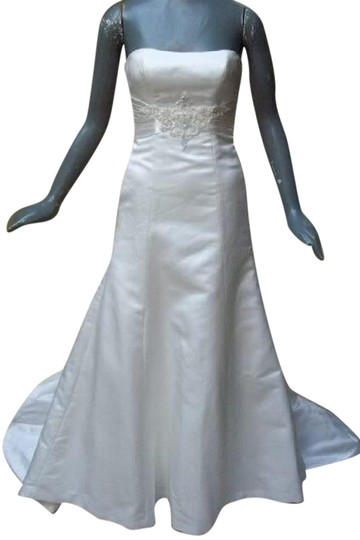 Maggie Sottero White Delustered Satin Tanica Corseted with Swarovski Chrystals Modern Wedding Dress Size 0 (XS)