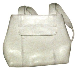 Liz Claiborne Satchel in CREAM OFF WHITE
