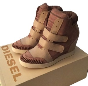 Diesel Pink and taupe Athletic