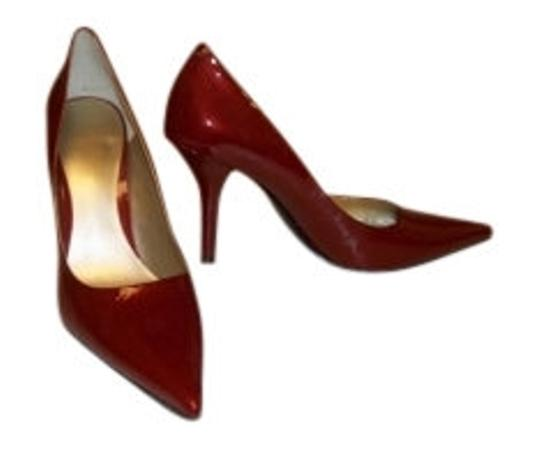 Preload https://item1.tradesy.com/images/nine-west-candy-apple-red-patent-pumps-size-us-7-regular-m-b-10195-0-0.jpg?width=440&height=440
