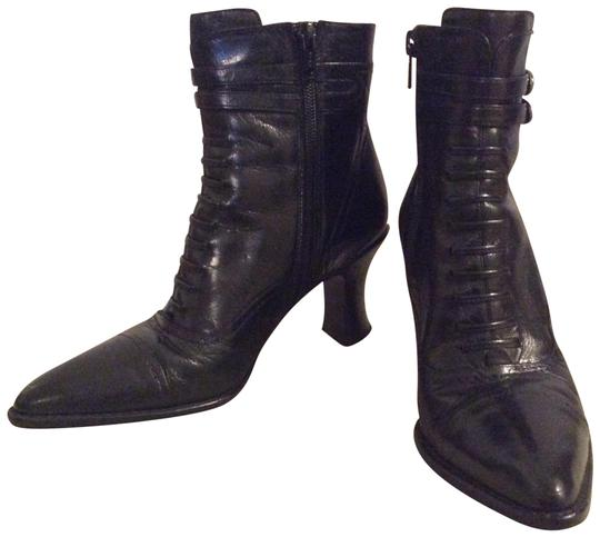 Preload https://item4.tradesy.com/images/via-spiga-black-victorian-steam-punk-ankle-leather-bootsbooties-size-us-5-regular-m-b-101973-0-3.jpg?width=440&height=440