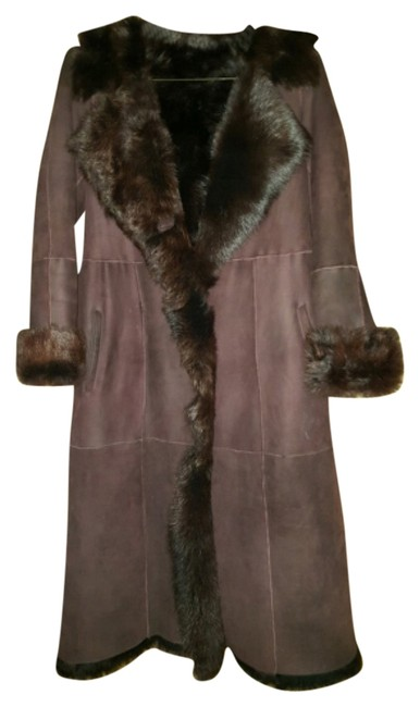 Preload https://item2.tradesy.com/images/maroon-fur-coat-size-8-m-10201141-0-3.jpg?width=400&height=650