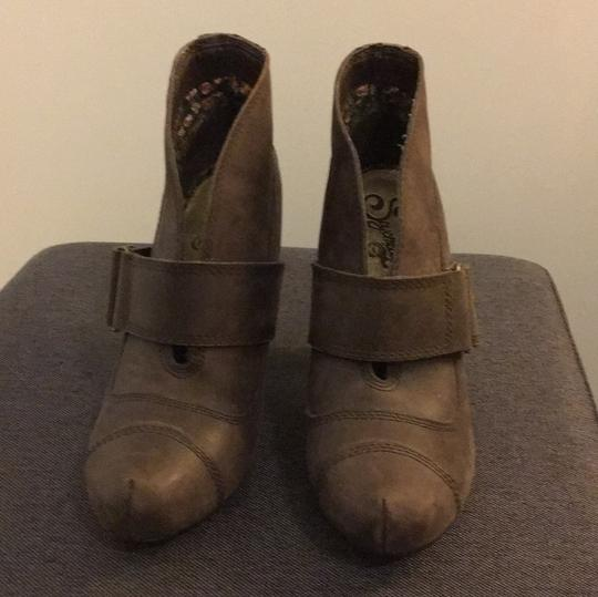 Seychelles Brown Boots Image 1