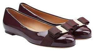 Salvatore Ferragamo Varina Ballet Patent Leather Patent Red Noir Wine Dark Rouge Noir Flats