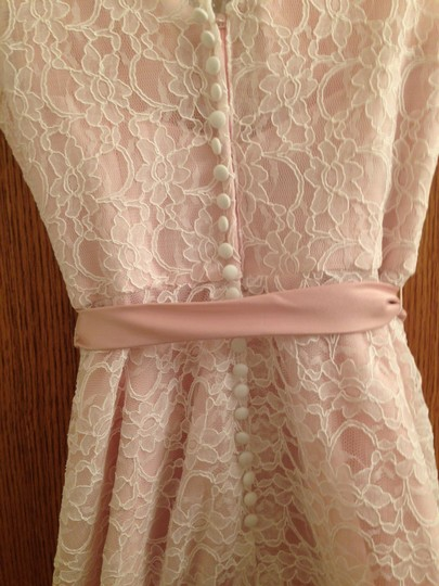 Mori Lee Blush with Ivory Lace Overlay Satin 31004 Formal Bridesmaid/Mob Dress Size 8 (M)