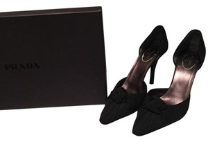 Prada Classic Chic Black Crepe Box New Neverworn Knot Ruching Pumps