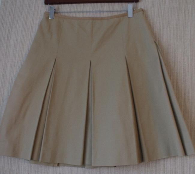 Preload https://item1.tradesy.com/images/max-mara-beige-95cotton-pleated-above-knee-sizeusa-miniskirt-size-4-s-27-10204285-0-0.jpg?width=400&height=650