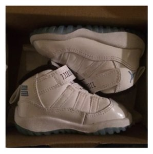 Jordan 11 Nike Air toddler 4C