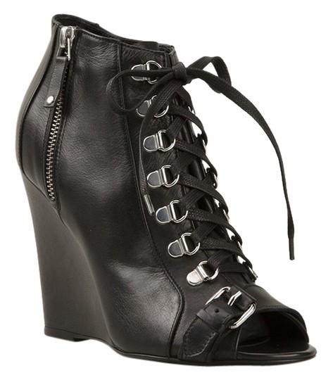Preload https://img-static.tradesy.com/item/10220680/diesel-black-new-gold-laceup-leather-ankle-bootsbooties-size-eu-39-approx-us-9-regular-m-b-0-3-540-540.jpg