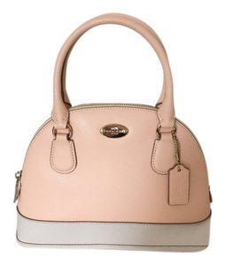 Coach Satchel in apricot