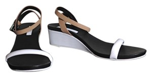 BCBGMAXAZRIA Block Color Blocking New White, Black and Beige Sandals