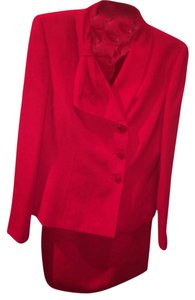 Le Suit Red Bow Jacket and Pencil Skirt Set