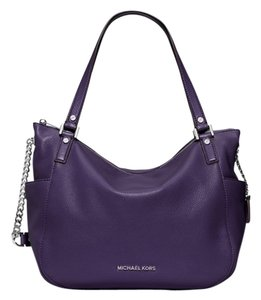 Michael Kors Chandler Leather Shoulder Bag