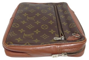 Louis Vuitton *SALE*Louis Vuitton Large Vintage Pochette Pouch Flat Cosmetic Monogram Wrislet Clutch