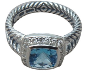 David Yurman DAVID YURMAN size 8 New With Pouch Albion Petite Ring Blue Topaz With Pave Diamonds