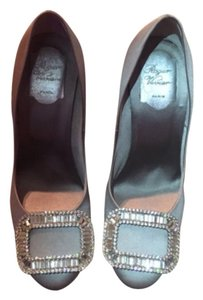 Roger Vivier grey Pumps