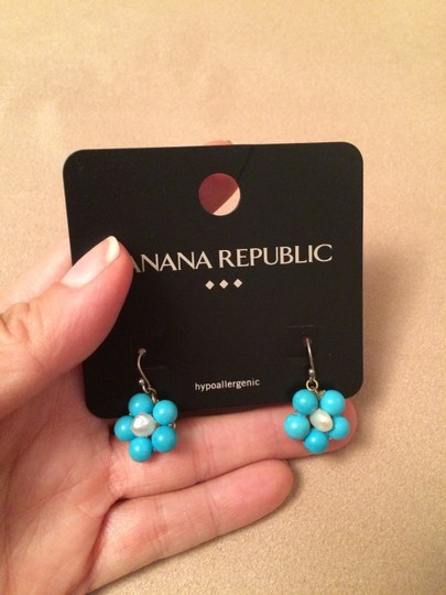 Banana Republic Aqua blue and white earrings.