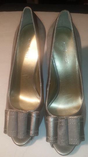 Nine West Pump High Heel Bow Open Toe Gray Platforms Image 1