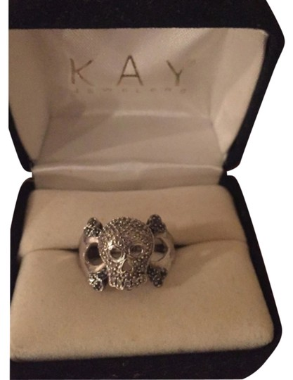 Kay Jewelers White Gold Black Diamond Skull And Crossbone Ring Tradesy