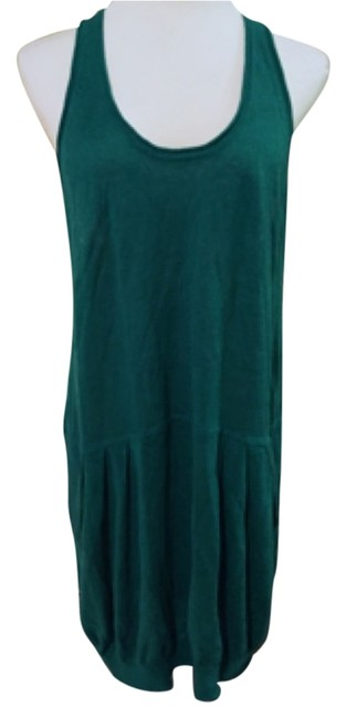 Preload https://item1.tradesy.com/images/bcbgmaxazria-emerald-green-above-knee-night-out-dress-size-12-l-10230085-0-1.jpg?width=400&height=650
