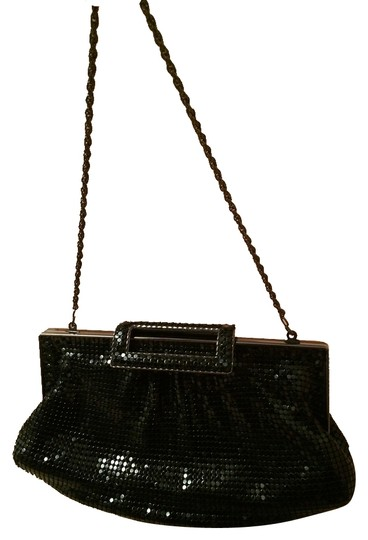 Preload https://item5.tradesy.com/images/the-limited-black-sequin-clutch-10230274-0-1.jpg?width=440&height=440