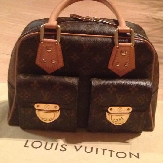 Louis Vuitton Tote in BROWN WITH LOGO