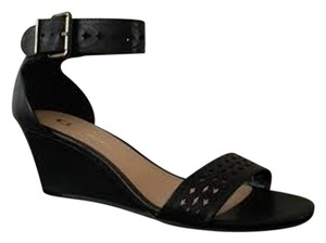 CL by Laundry Black Sandals