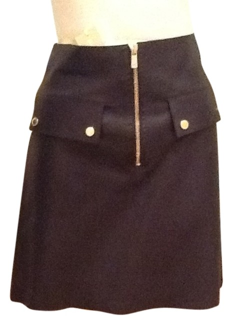 Preload https://img-static.tradesy.com/item/10233343/michael-kors-black-leather-with-gold-button-detail-on-pocket-flaps-knee-length-skirt-size-2-xs-26-0-2-650-650.jpg