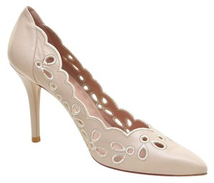 Stuart Weitzman Cream Pumps