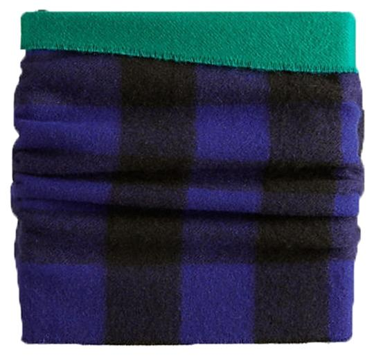 Preload https://item5.tradesy.com/images/burberry-regency-blue-check-solid-to-cashmere-merino-wool-snood-scarfwrap-10235914-0-1.jpg?width=440&height=440