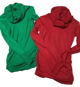 Preload https://item2.tradesy.com/images/the-limited-red-and-green-2-long-sleeves-sweaterpullover-size-4-s-10236271-0-2.jpg?width=400&height=650