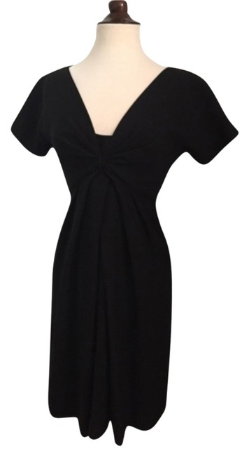 Preload https://item2.tradesy.com/images/alexander-mcqueen-blac-mid-length-cocktail-dress-size-4-s-10237561-0-2.jpg?width=400&height=650