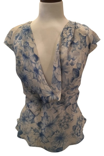 Preload https://item1.tradesy.com/images/apt-9-blue-and-white-blouse-size-4-s-10237915-0-1.jpg?width=400&height=650