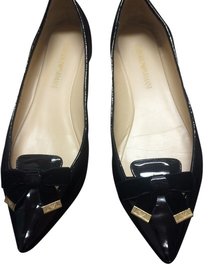 Preload https://img-static.tradesy.com/item/10238002/emporio-armani-black-flats-size-us-75-regular-m-b-0-1-540-540.jpg