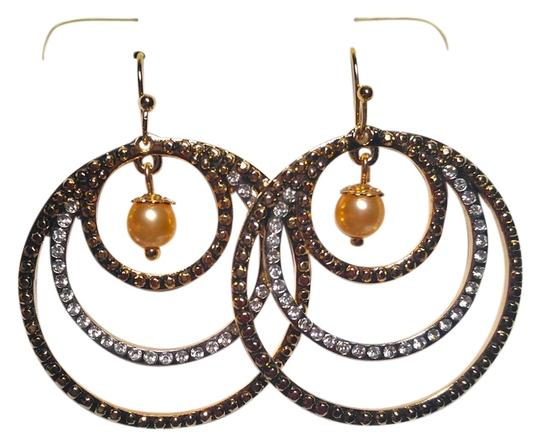 Preload https://item2.tradesy.com/images/silver-pink-gold-new-two-tone-circle-hoop-w-pearl-j1755-earrings-10239886-0-1.jpg?width=440&height=440