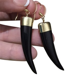 L.E.I. Lei Black Onyx Horn Earrings